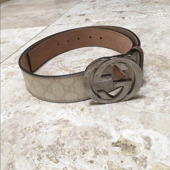 7d6e5016a Gucci Accessories | Like New Gg Supreme Belt With G Buckle | Poshmark